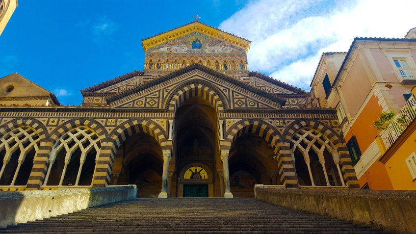 AMALFI  PAESTUM  FULL  DAY (8 HOURS) BY CAR 1/3 PAX