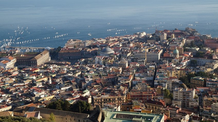 NAPLES AND CASERTA FULL  DAY (8 HOURS) BY MINIVAN 4/8 PAX