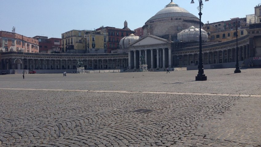 NAPLES FULL  DAY (8 HOURS) BY MINIVAN 4/8 PAX