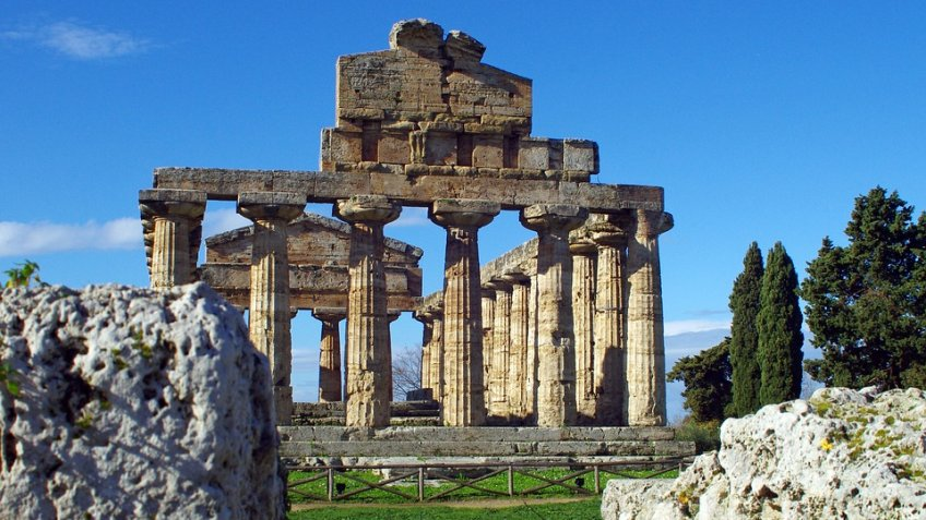 PAESTUM FULL  DAY (8 HOURS) BY CAR 1/3 PAX