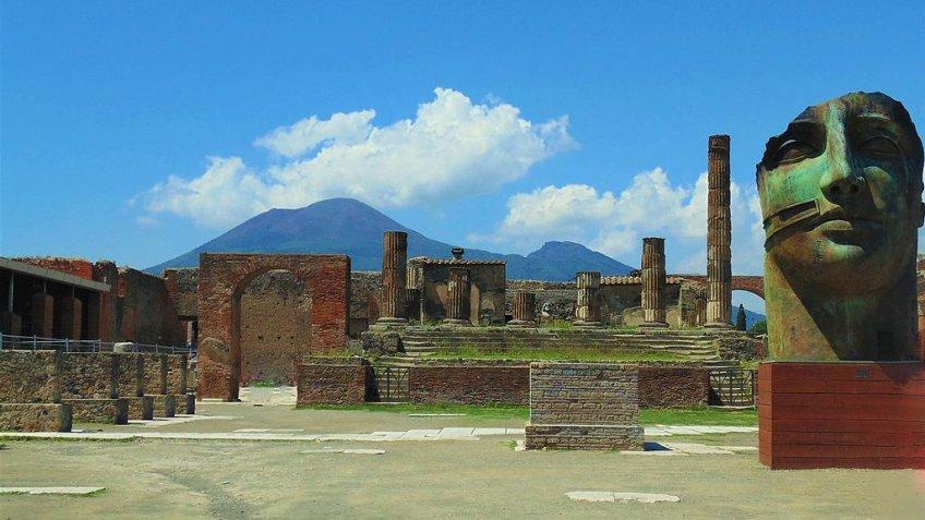 Pompeii and Vesuvius Full Day