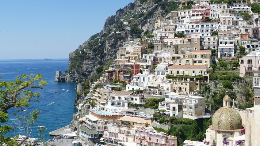 POSITANO HALF DAY ( 4 HOURS) BY CAR 1/3 PAX