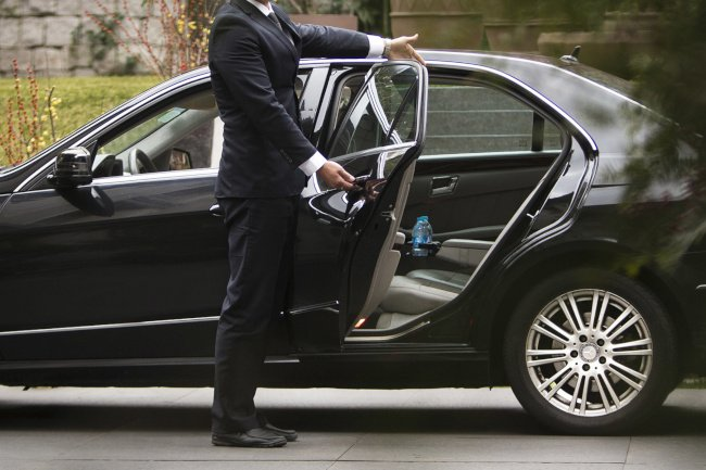 TRANSFER SORRENTO/C/MMARE DI STABIA OR VICEVERSA 1/3 PAX BY CAR