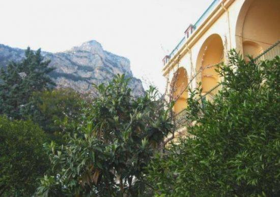 Pietro Apartment