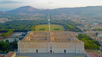 CASERTA FULL  DAY (8 HOURS) BY MINIVAN 4/8 PAX